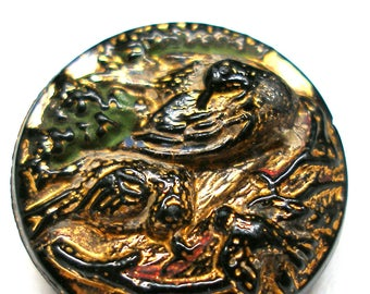 Antique Bird BUTTON, Victorian birds on nest with babies. Black glass with gold luster. 3/4""
