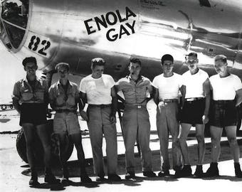 Paul Tibbets and crew Atomic Bomb Enola Gay Superfortress WW2 8X10 photo poster print wall decor
