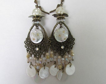 """Earrings """"Pearl"""" with floral mother of Pearl buttons, beads and sequins in Pearl White"""
