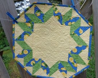 Lemon and Blue table quilt, Floral little quilt 0530-03