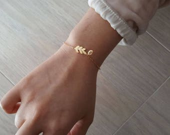 Delicate Petite Olive branch Bracelets,Delicate leaf Bracelet, olive bracelet,Thin Gold Chain, Layering Bracelet ,Bridesmaid Gift
