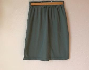 Women's Small // 80s Jade Green Weekender Straight Skirt