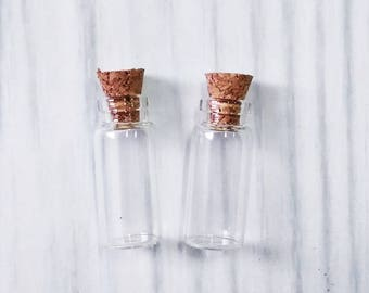 Lot of 50 (1.5ml) Glass Bottles with Cork 12x28mm Tiny Empty Jars. Small Vials. Message in a Bottle 1.5ml
