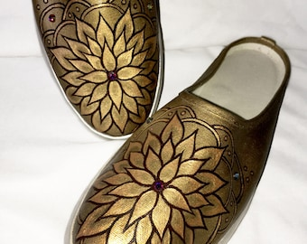 Hand Painted Flower Mandala  on Women's Mule Slip-On Canvas Shoes_Gold