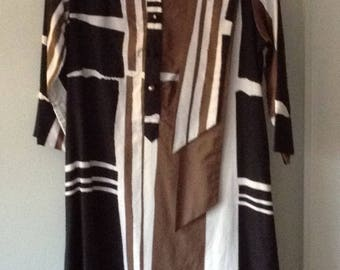 Vintage 1970s Catherine Ogust Penthouse Gallery Shirt Dress with sash