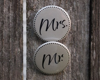 Mr. and Mrs. Wedding Buttons - just married photo prop gift pinback button READY TO SHIP
