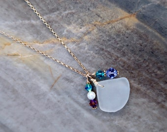 Gold Sea Glass Charm Necklace , Beach Glass Charm Necklace, Glass Charm Necklace, Gifts for Women, Boho Necklace, Gold Necklace