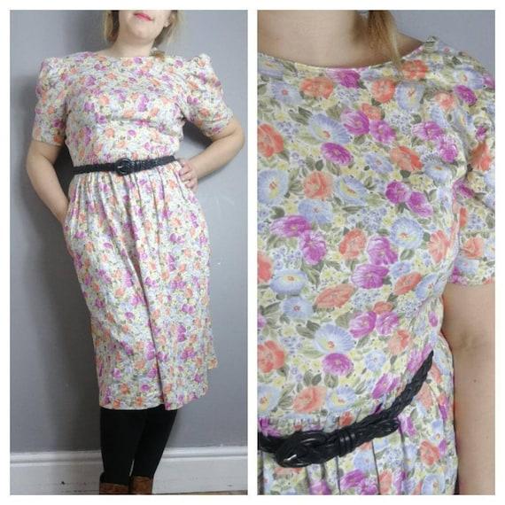 90s spring floral dress / pastel florals / 90s mom dress / cotton  floral vintage dress / boho grunge dress / UK 10
