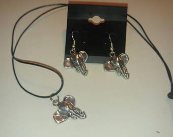 Alabama Elephant Head Earrings and Necklace Set