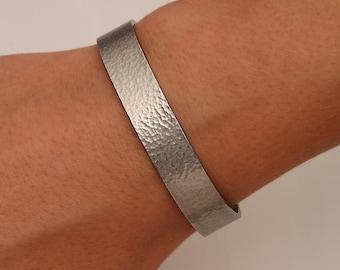 Wide Hammered Cuff Bracelet, Gunmetal (Niobium)