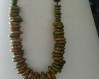 Vintage beaded yellow/green Necklace