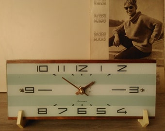 Vintage clock,Mantel clock,clock fireplace, table clock, mechanical clock, made in the USSR, decor.