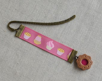 "Bookmark ""Gluttony"" bronze brass small pink polymer clay pie kawaii style"