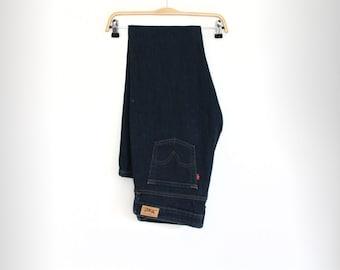 Levis Jeans Boot Cut Jeans Dark wash Mid rise Denim pants Casual wear Bell bottoms Waist 34 Boho Hippie Hipster Blue Pants Denim trousers