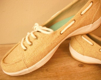 Gold with metallic threads ... Keds sport topsiders ... flats ... size 8 womens flats shoes Gold flats