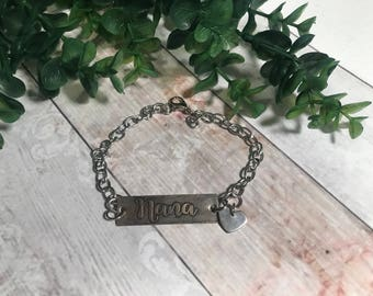Metal etched grandma personalized pendant necklace or bracelet