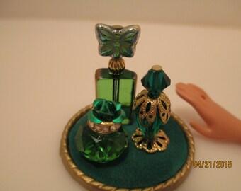 P729 - 1:6 scale Green & gold Perfume bottles for Barbie, Fashion Royalty, Poppy Parker, Momoko, Blythe,Monster high, Tyler, Ginny