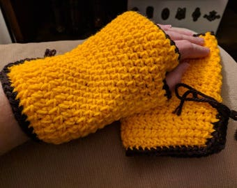 Fingerless gloves wrist warmers crochet made to order