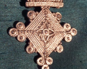 Pendant Brooch Gothic Medieval Celtic