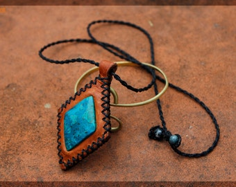 Leather necklace and Chrysocolla//adjustable lace//handmade