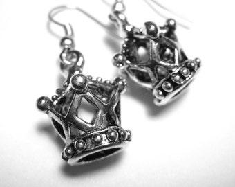Queen of Hearts Crown Earrings - Queen Jewelry - Sterling Silver Crown Jewelry - 042