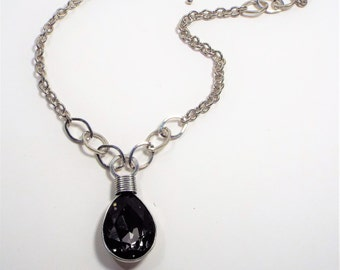 Gray Cut Glass Wire Wrapped Pendant Necklace