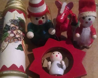Set of 5 wooden ornaments, free ship