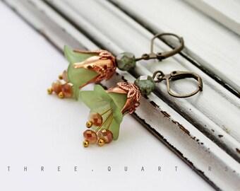 Earrings, flowers, lime green, light green, rose gold, green, rose, boho, hippie, flowers, romantic, stylish, magic, magical, gift