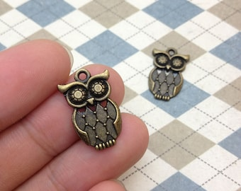 20 pcs Antique Bronze Owl Charms 15mmx22mm