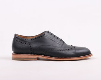 Wingtip Oxford