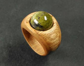 wood Ring for women //wooden Ring //wood jewelry ring //wood ring // Chestnut wood ring with an epidote cabochon - Size 17.90 mm (USA 7 3/4)