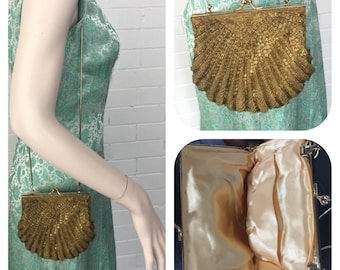 Vintage 1980s Mermaid Gold Beaded Seashell Purse