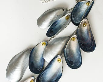 Cascading mussel shell statement necklace