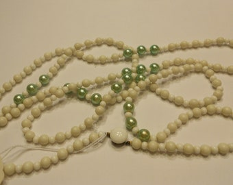 vintage 64 inch long bead necklace, from 1930s (B9)