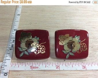 10%OFF3DAYSALE Vintage Clip On Earrings Red Gold Colored Accents Floral Used