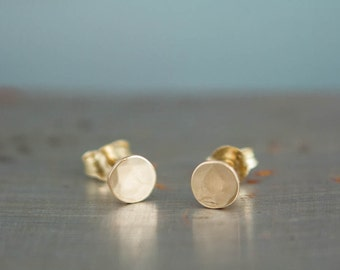 Recycled Gold Stud Earrings - 14k Small Gold Earrings - Small Gold Circle Earrings - Hammered Gold Earrings