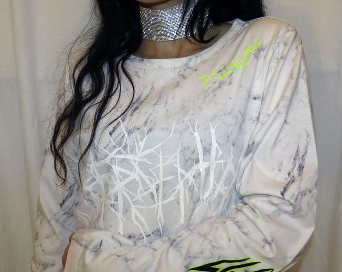 NE0N~ CYBER  embroidered T