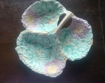 Devonware Hydrangea hors d'oeuvre dish