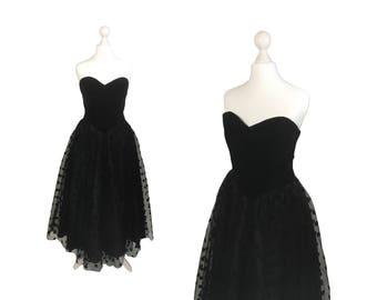 Trina Lewis und Marjon Couture Vintage-Kleid | Trägerlosen schwarzen samt Mieder-Kleid mit Polka Dot Net Rock | Schwarzen Kleid