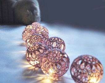 String Fairy Light Christmas lights Wedding  Lighting Bedroom lighting 20 Lilac Lace Crocheted balls Night Lights Garland light