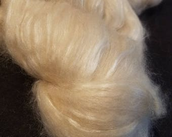 CRAZY Baby Camel and  Silk 50 50 blend combed top Cream spinning fiber 1 oz