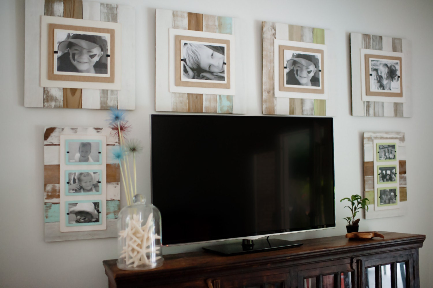 Cape Cod Style Reclaimed Wood White Washed Picture Frame with Burlap ...