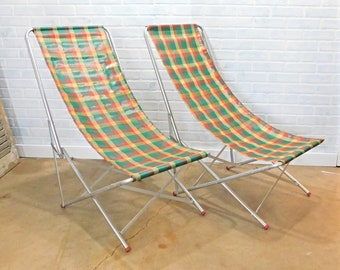Vintage Collapsible Sling Chairs in Carry Bags. Pair of Vintage Folding Chairs, Plaid Deck Chairs, Beach Chairs, Lawn Chairs, Glamping