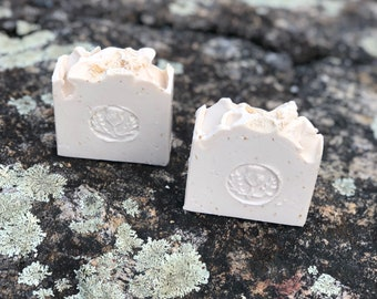 Outlander made with Scottish Oats Soap / Artisan Soap / Handmade Soap / Soap / Cold Process Soap