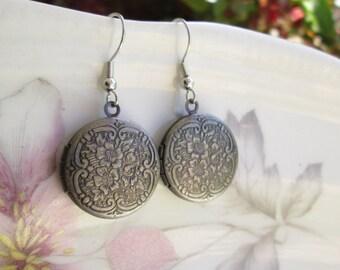Antique Silver Locket Earrings,Vintage Style Floral Lockets, Engraved Lockets
