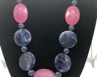 A29  Natural Blue Sodalite Stone and Quartz Beads