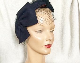 Reserved ***1950s Navy Bow Hat with Veil
