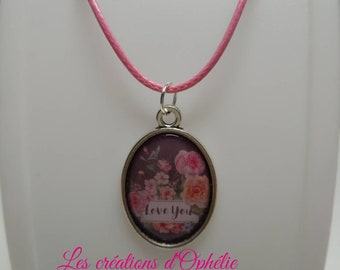 "Pink necklace ""Love you""."