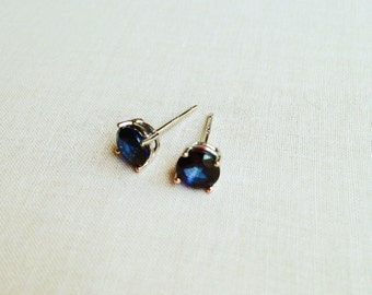 Sapphire Stud Earrings - Blue Sapphire Earrings - Saphire Earrings - Sapphire Earrings - Gemstone Earrings - Saphire - Sapphire Studs