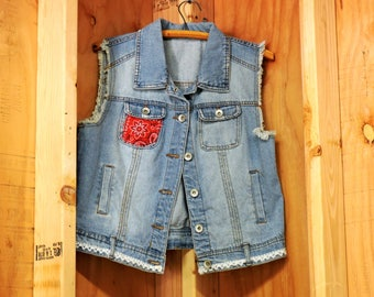 Denim vest / size S / M / jean vest / upcycled clothing / lace back vest / boho jean vest / country / western jean vest